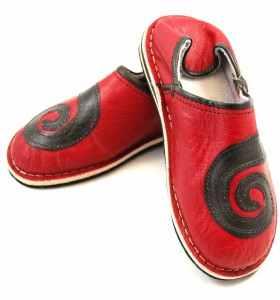 Babouches Amazigh spirale rouge et noir