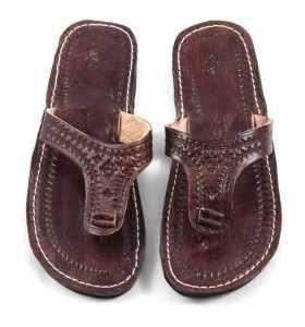 Sandalias Ghabia de cuero marrón
