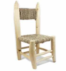 Petite chaise tressée