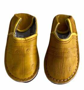 Children  Slippers made of yellow Leather
