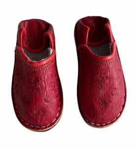 Children  Slippers made of red Leather