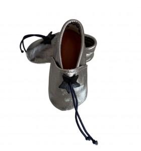 Zapatillas de bebé de cuero plateado