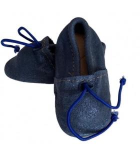 Chausson bébé en cuir bleu brillant