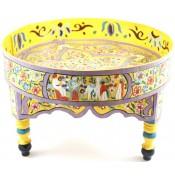 Table basse peinte à la main jaune