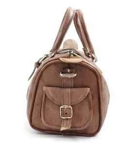 Bag made of Leather by Tnin